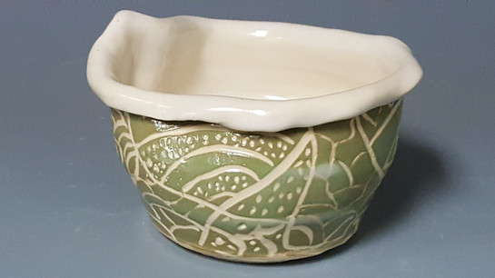 sgraffito bowl, student's work