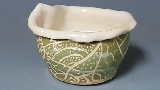 sgraffito bowl, student's work