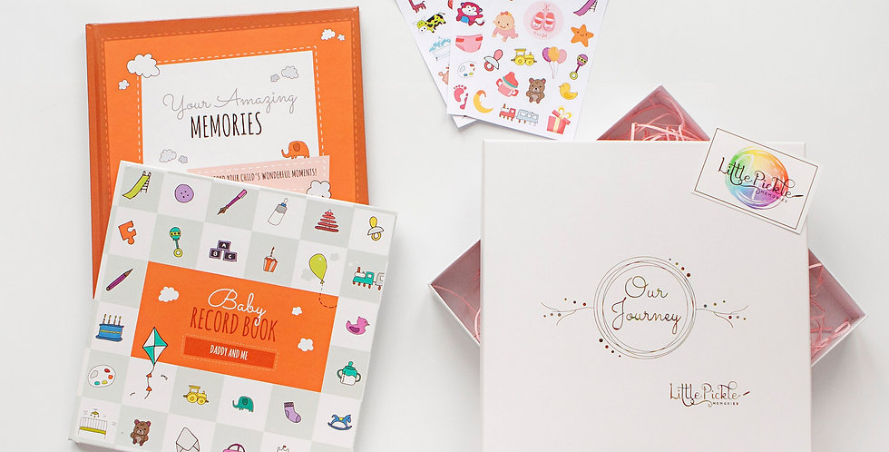 Daddy & Toddler Gift Set (Daddy and Me Record Book, Growing Up Book & Stickers)