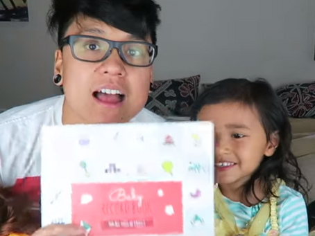 Baby Record Book- Jing and Monica Review
