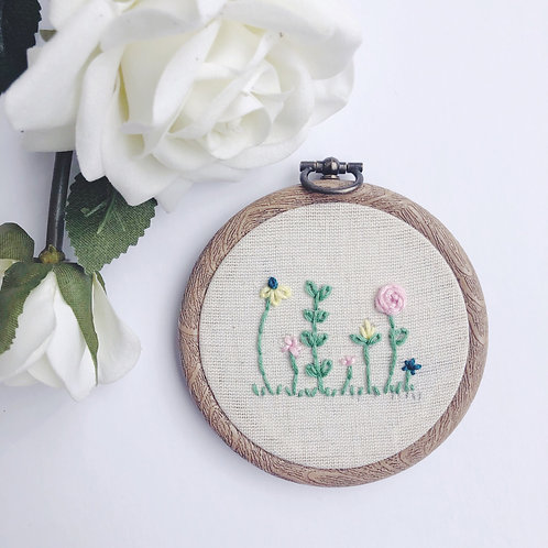 """Mini 3"""" Floral Field Embroidery Hoop"""