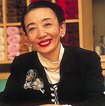 0010:(またまたプレゼント)ビーズラジオ ゲストは、名古屋で活躍する老舗アパレルブランドのデザイナー社長 若月キミコさんです