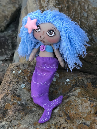 Floofy doll