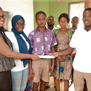 Foundation pays final year candidate's fees