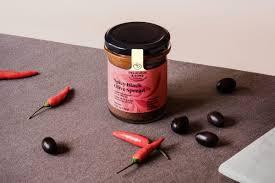 Delicius & Sons Spicy Black Olive Spread130gr