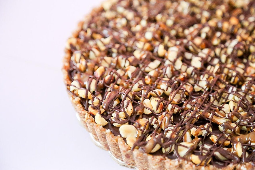 FROZEN Raw Snickers Cheesecake