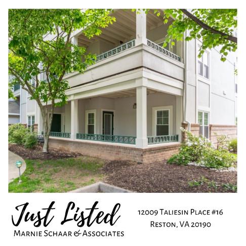 Updated ground level 2 bedroom, 1 full bathrooml Oak Park condo located in Reston Town Center!