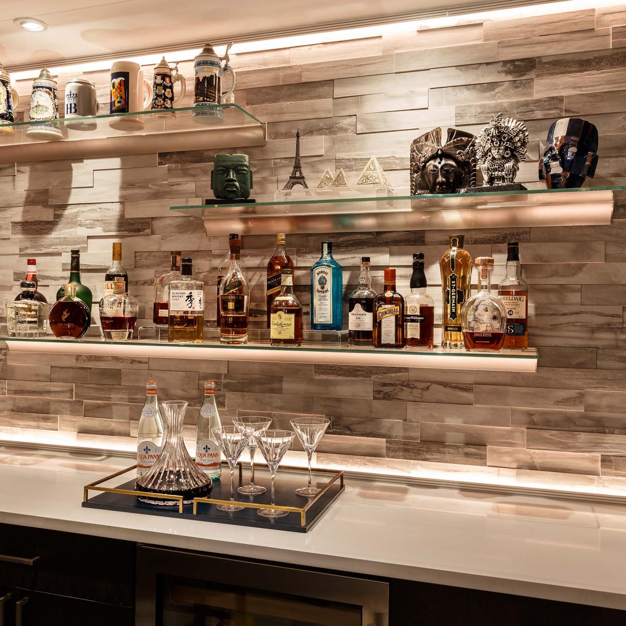 Levergood-bar-stone-all-shelves