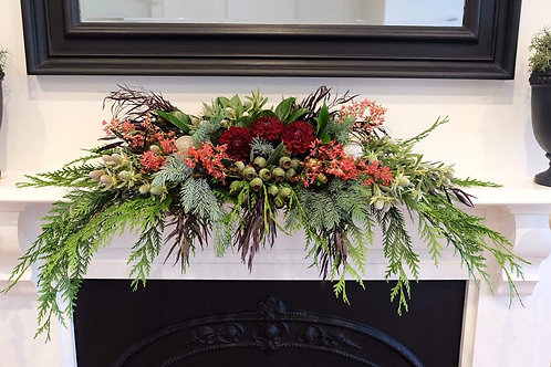 Mantel or Table Centrepiece