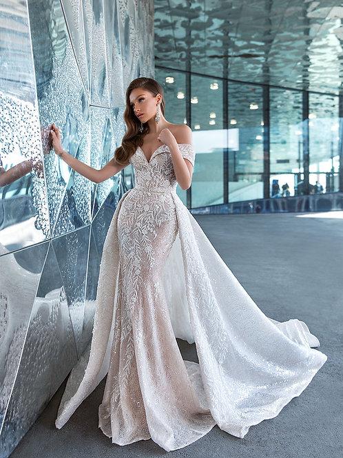 Wona Concept Marika wedding dress front 3 - Superior Bridal Couture Toronto