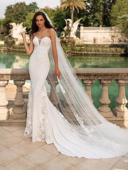 Pronovias Epico wedding dress