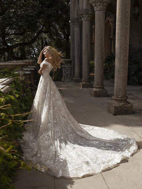 Eva Lendel lace ballgown