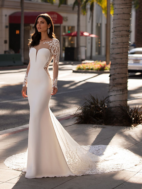 Pronovias Bacall wedding dress