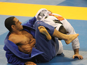 Bruno Alves Abu Dhabi World Champion Blitz Magazine Article