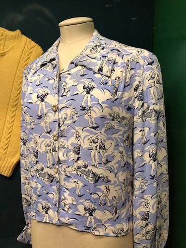 1930s golfing print crepe blouse