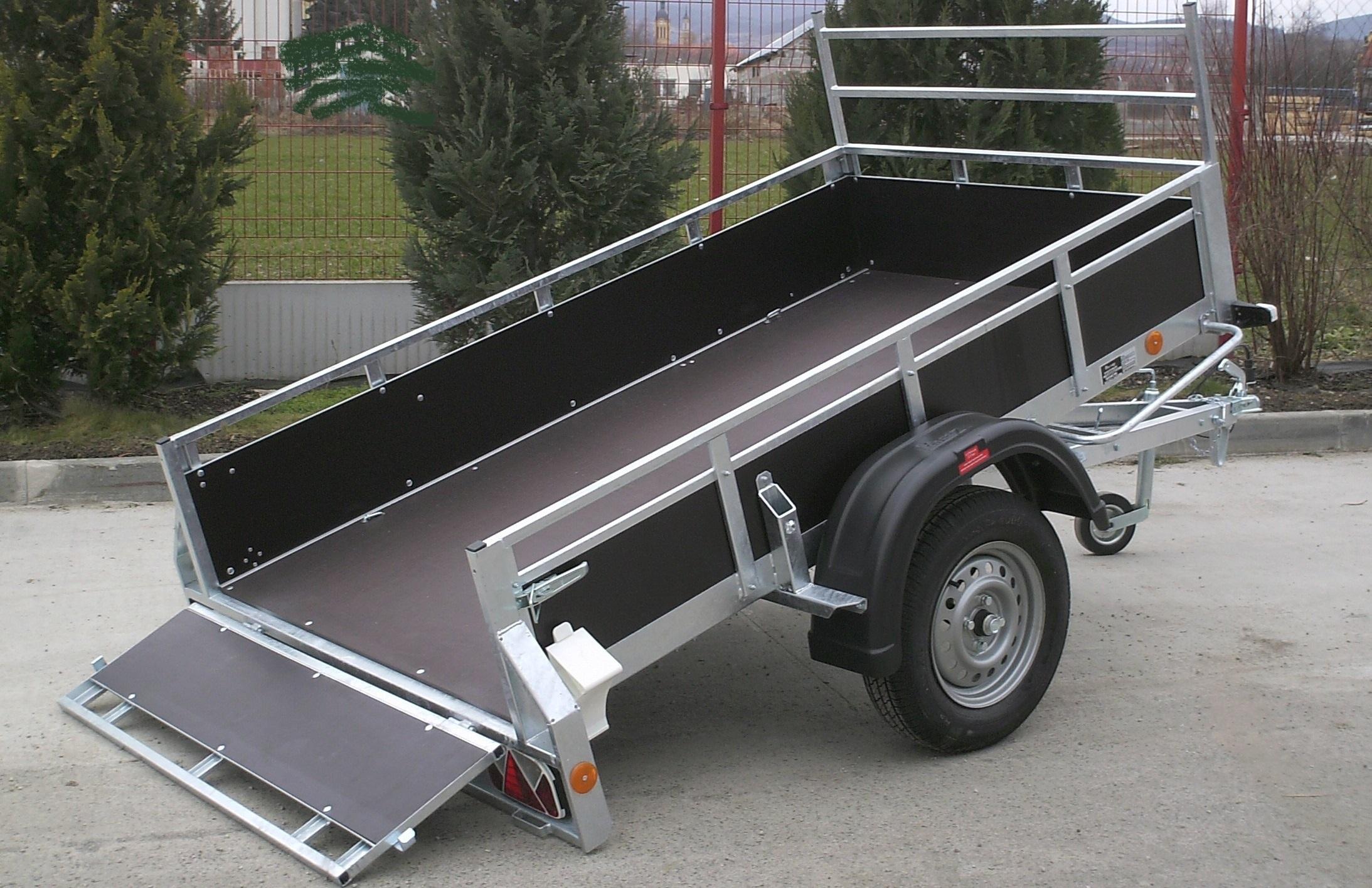 mietlift.ch Pongratz LPA 250/12 G Holz abkippbar.Anhänger-Center Räterschen
