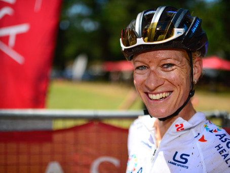 Behind the Pro : Robyn de Groot