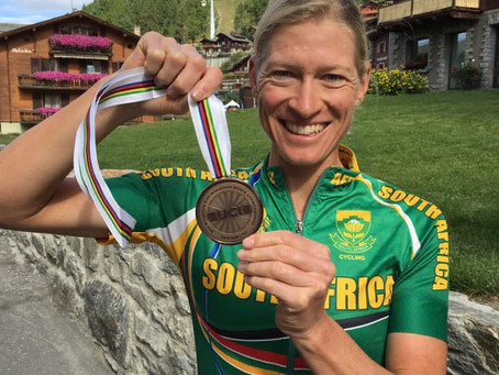 Robyn de Groot Relishes her Podium at the UCI World Marathon Championships.