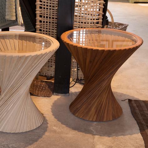 Håndbygget bord/skammel