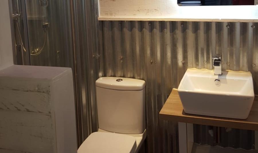 Cow Pad shower room