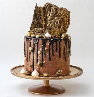עוגת שוקולד זהב מטפטפת