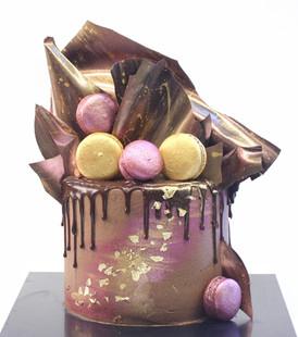 עוגת שוקולד זהב-ורוד מטאלי