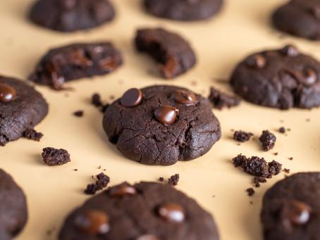 עוגיות שוקולד-חמאת בוטנים ללא גלוטן