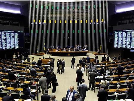 Bancada de deputados federais eleitos pelo DF tem maioria feminina