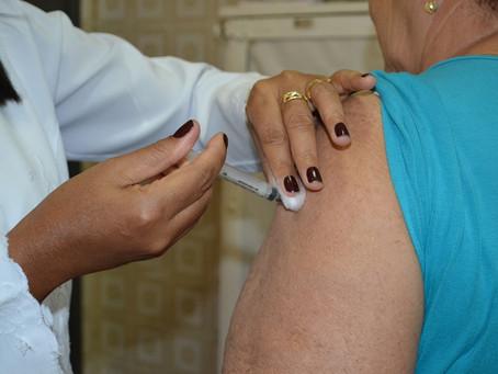 Chegou a vez da vacinação para idosos de 67 e 68 anos