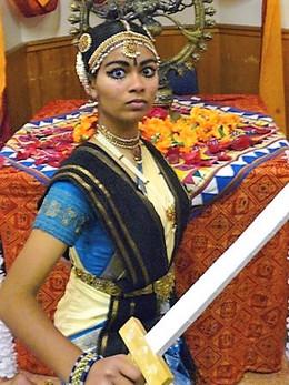 bharathanatyam sword fight 3.jpg