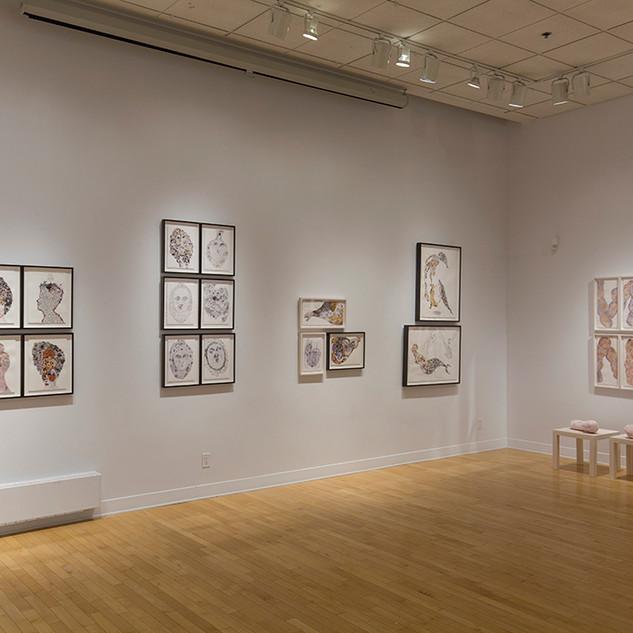 Photographie de l'exposition à la galerie d'art d'Outremont