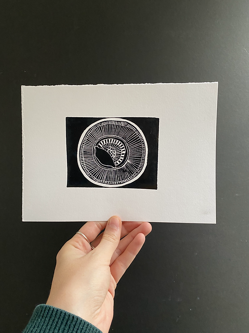 'Lemon on  merimekko plate' linocut on paper, a5, a/p