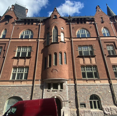 As Oy Helsingin Luotsinlinna, Luotsikatu 1, Helsinki