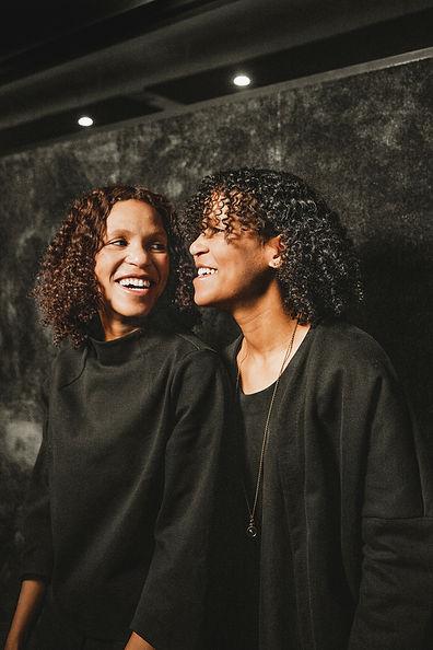 Ataá Agency - Wanda ja Naomi