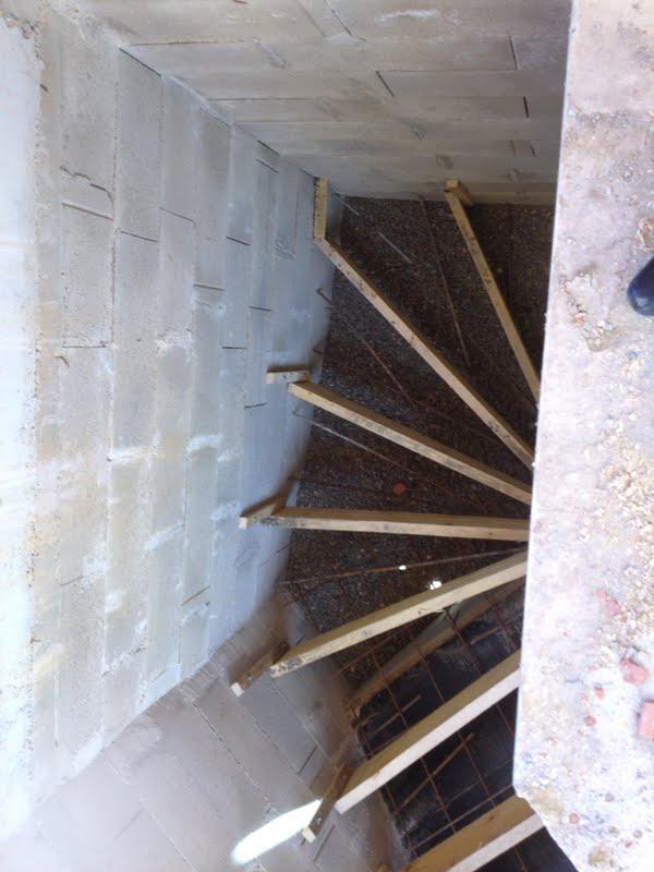 20160718 0846 Escalier