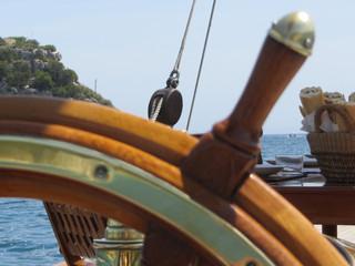 Marine Coatings; What Works Best for Boat Builders?  Seal 210