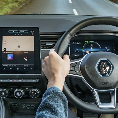 New_Renault_ZOE_Interior_overview.jpg
