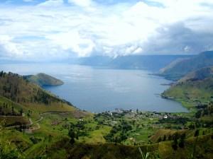 53-towards-brastagi-lake-toba-last-view-11