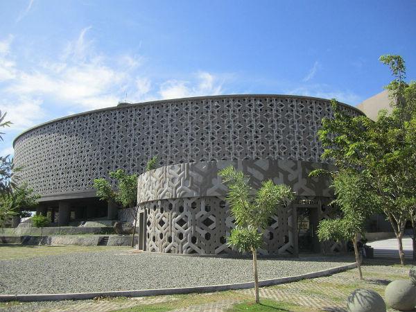 banda-Aceh-tsunami-Museum