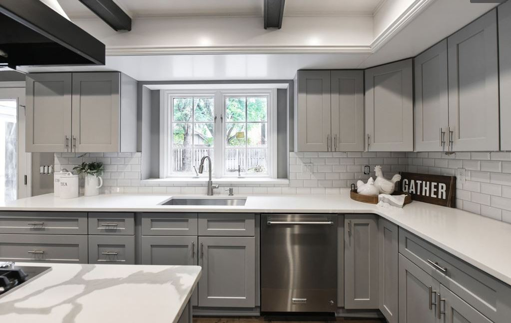 Stupendous Kitchen Cabinets Omaha Home Interior And Landscaping Oversignezvosmurscom