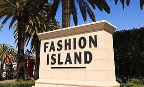 Gourmet Hot Dogs-Fashion Island Newport Beach