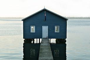 Fluss Boathouse