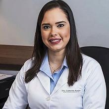 Dra Catharine Araújo.png