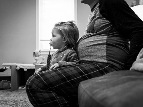 Is a Non-Traditional Maternity Shoot for You? | Family Photographer near Dover NH
