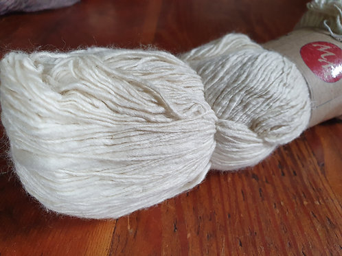 Mulberry Silk & Merino Wool Blended Yarn (4/1 Nm) – 100g
