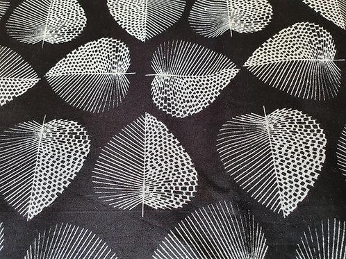 Indigo Hearts - natural cotton fabric - price/metre