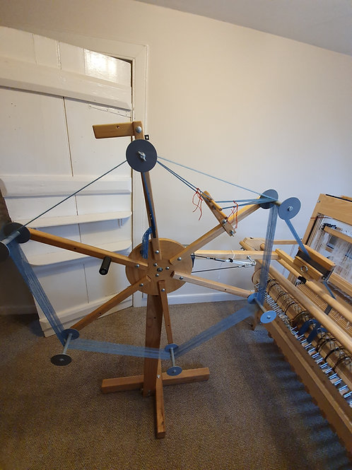 AVL Looms Warping Wheel & Cross Maker