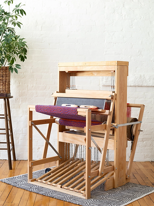 "Harrisville Designs Floor Loom Model A 22/8 (22"" 8 Harness/10 Treadle)"