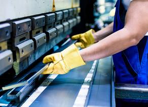 Produção industrial catarinense cresce no ano, mas desempenho no mês preocupa