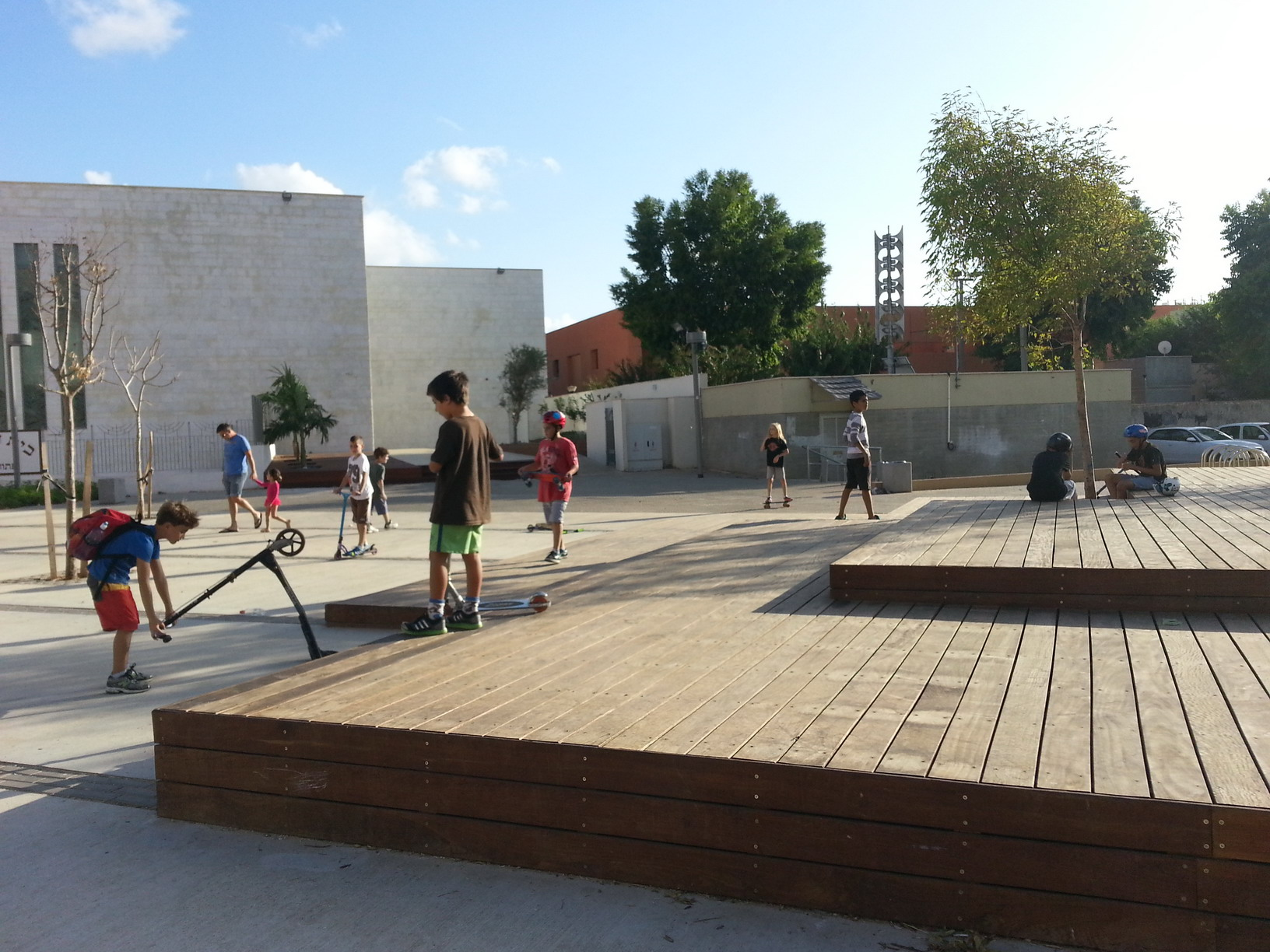Tel Baruch Community Square